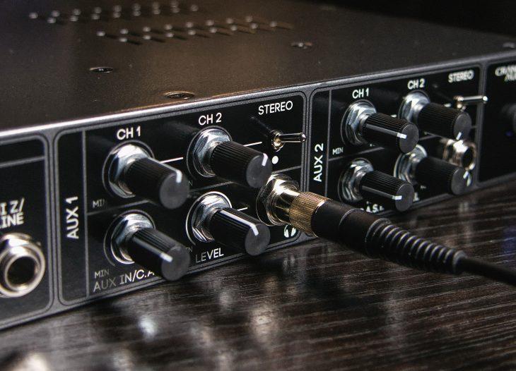 Cranborn-Audio-Camden-EC2-headphone