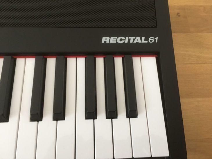 test alesis recital 61