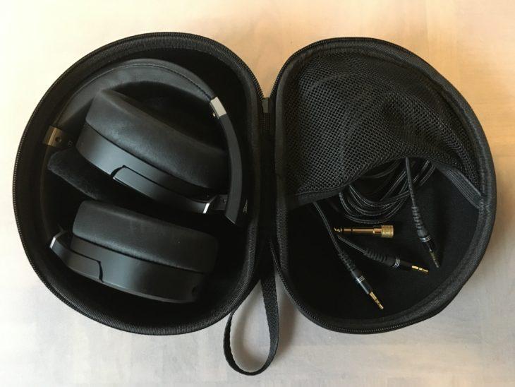 Audeze LCD-1 Box mit gefaltetem Kopfhörer