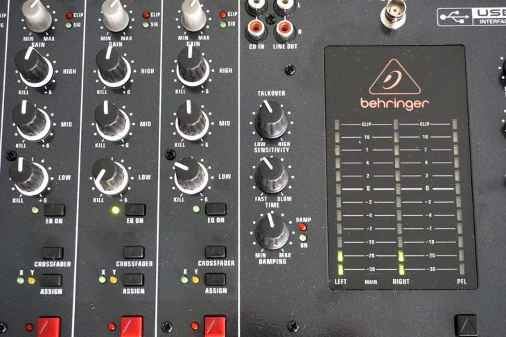 Behringer DX2000USB