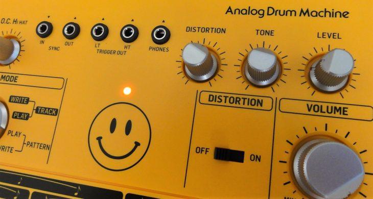 RD-6 Analog Drum Machine distortion