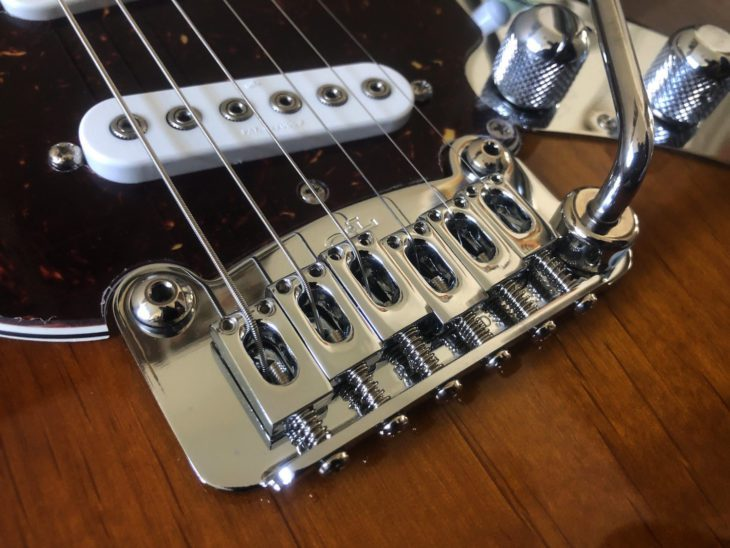 G&L Skyhawk E-Gitarre Vibrato