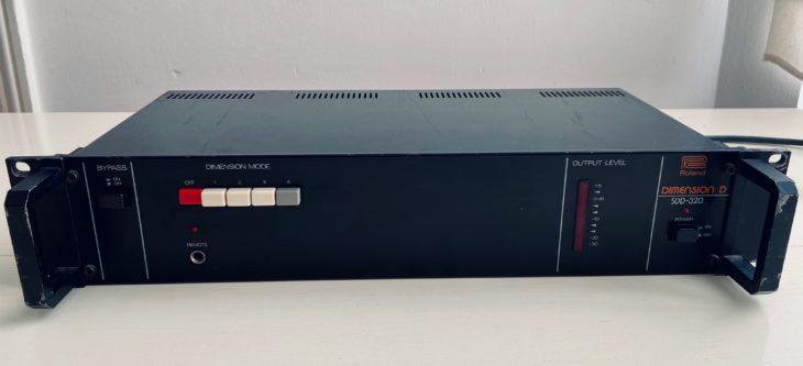 Das Roland Dimension D einschlichtem schwarz.