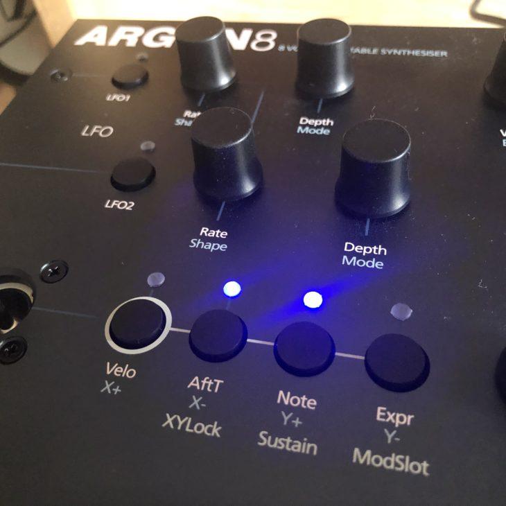 Test: Modal Argon8 Wavetable-Synthesizer