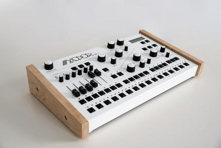 Modor_Dr-2_sideviewTest: Modor DR-2, digitaler Drumcomputer & Synthesizer