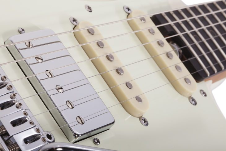 Schecter Nick Johnston Traditional Pickups