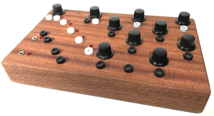 Ouroboros Electronics Alea synthesizer