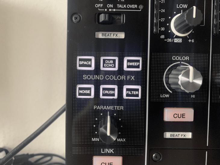 Die Sound Color FX vom Pioneer DJM-900NXS2 4-Kanal DJ-Mixer.