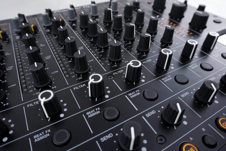 Pioneer DJM-V10