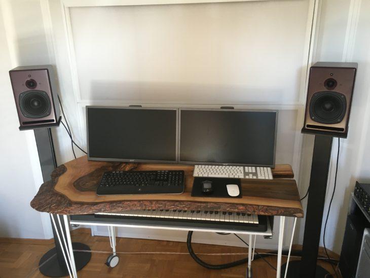 PSI Audio, A17-M Studio Red in meiner Studioumgebung