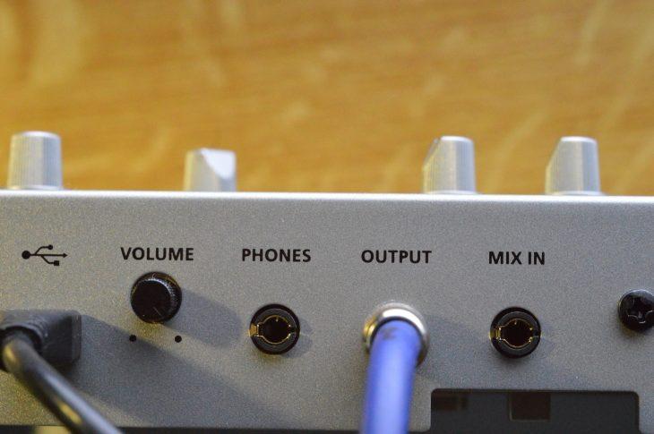 Roland TR-06 Boutique - Audio-Anschlüsse