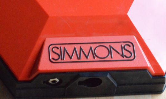 Black Box: Simmons SDS-1000 E-Drums & Pads