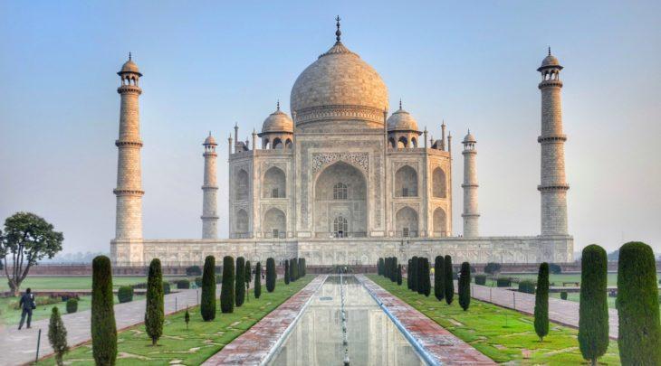 Ein Preset des Roland SRV-2000 ist nach dem Taj Mahal in Agra benannt.