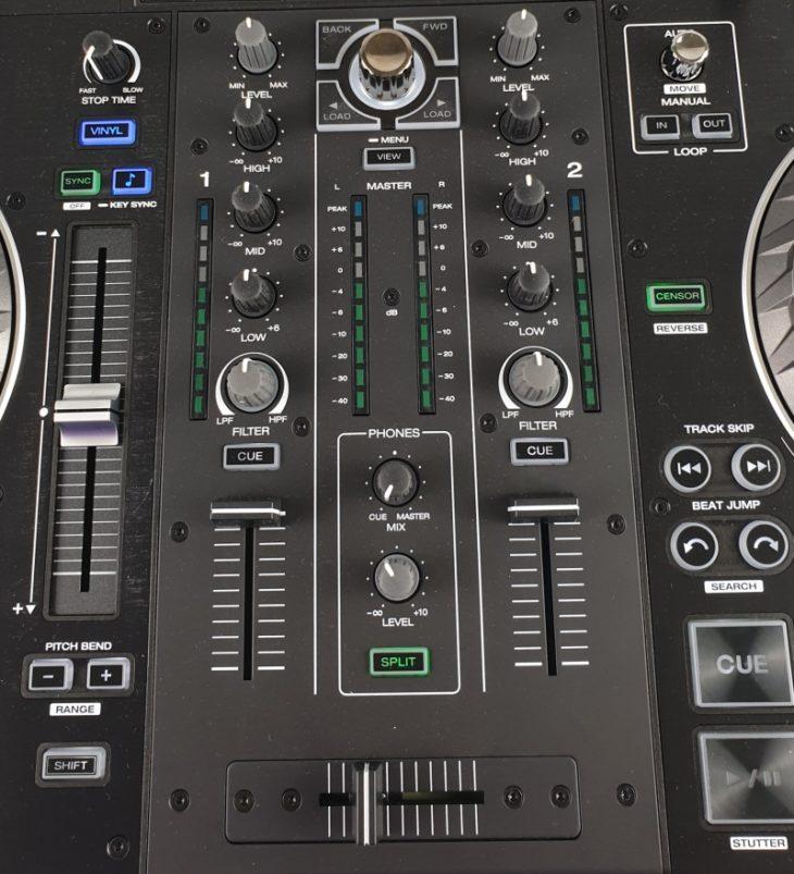 Ausschnitt Mischpult Denon DJ Prime 2