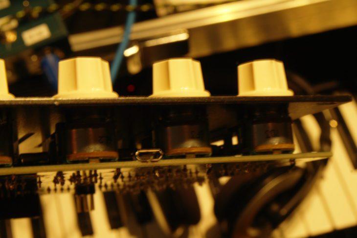 Der USB-Anschluss auf der Platine des Vermona Melodicer