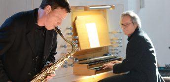 Interview Wolfgang Schröter: Synthesizer und Saxophon in der Kirche
