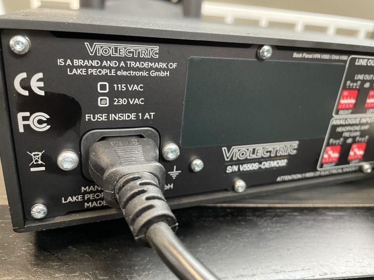 Violectric_HPAV550_Backleft