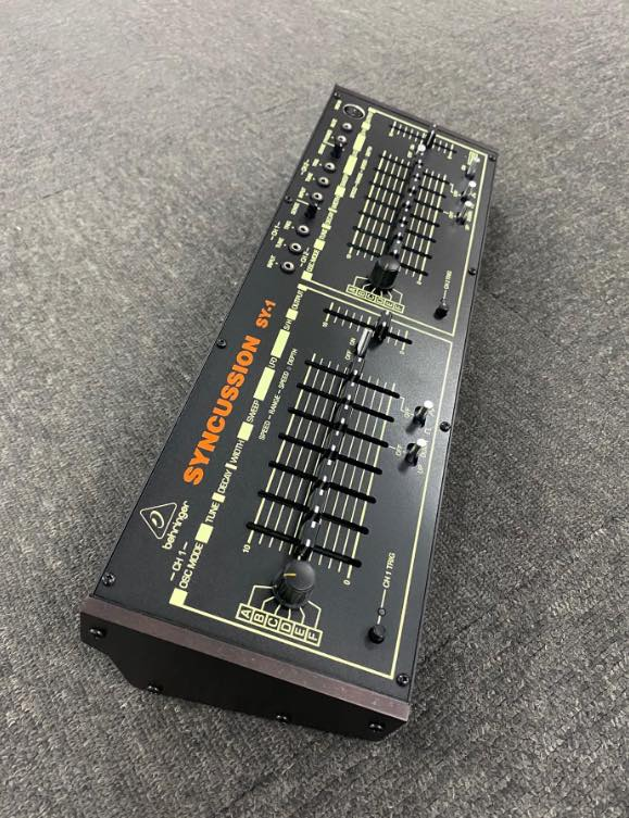 behringer syncussion sy-1 drum synthesizer angle