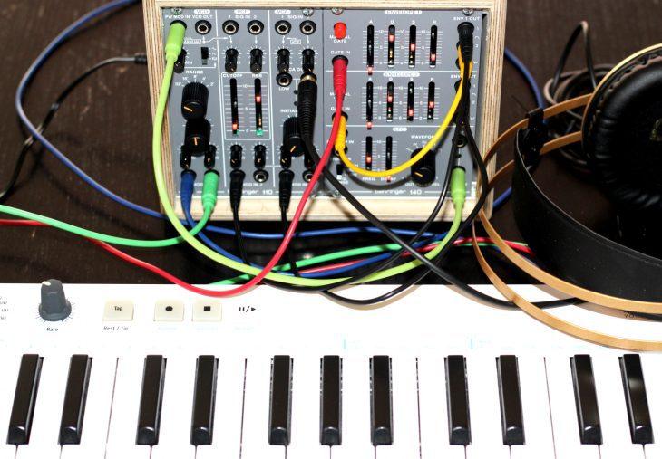 Behringer System 100 Userbild Kleines System aus zwei Modulen Behringer 140 und 110Dual Envelope