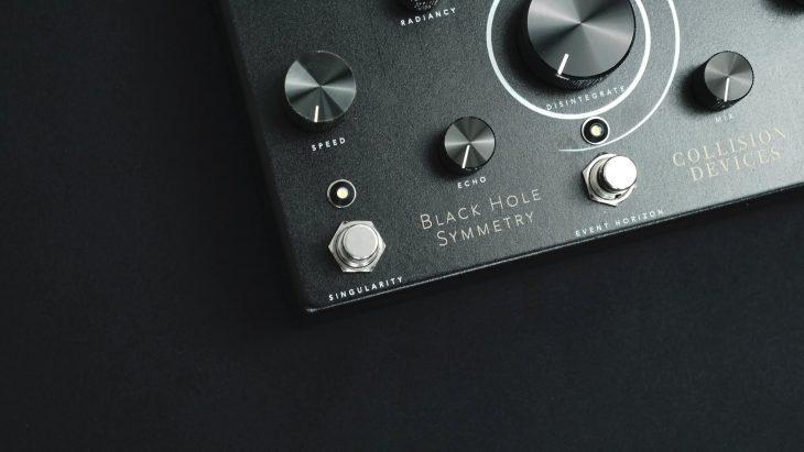Test: Collision Devices Black Hole Symmetry, Effektpedal