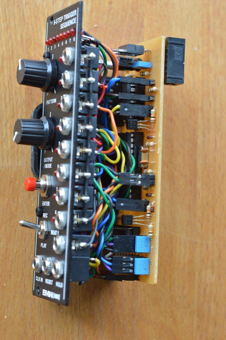 EMW 8 Step Trigger Sequencer - Stecker
