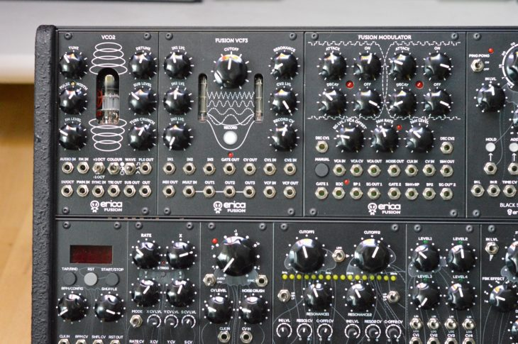 Erica Synths/Liquid Sky Dada Noise System 2 - Dada Noise System 2 links oben