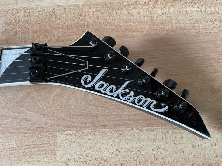 E-Gitarre Test: Jackson SL2 Soloist MJ Series BLK