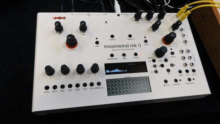 jomox moonwind MKII analog filter