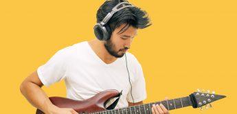 Kann man Gitarre ohne Verstärker spielen