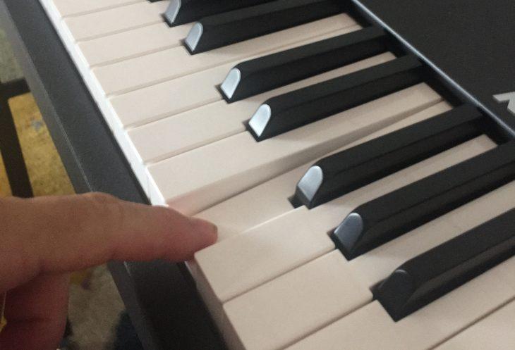 Klaviertastengefühl