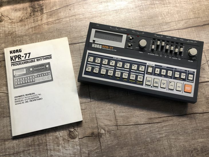 Korg KPR-77 Drumcomputer mit Handbuch