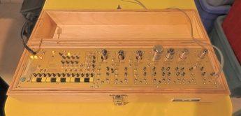 Metasonix T1, Röhren-Synthesizer mit Sequencer