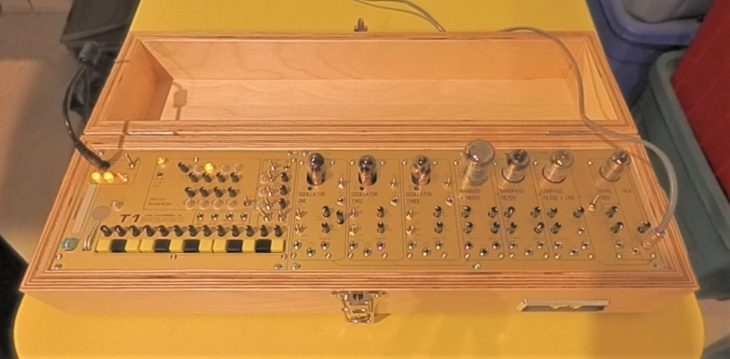 metasonix t1 tube synthesizer