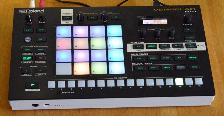 Roland MV-1 Verselab - LED im Halblicht