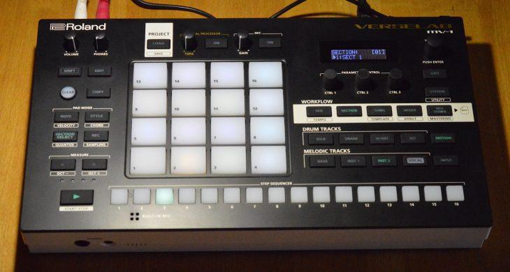 Roland MV-1 Verselab - LED im Licht
