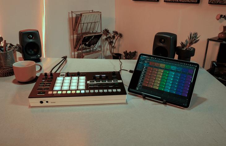Roland MV-1 Verselab - MV-1 und Zenbeats-App
