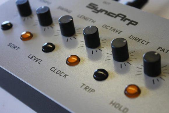 syncarp hardware midi-arpeggiator 2