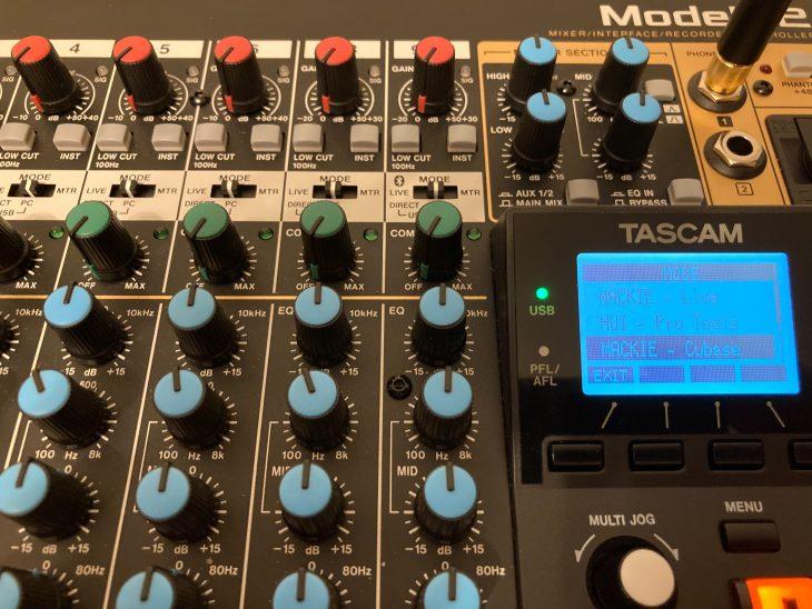 Tascam Model 12 DAW-Auswahl
