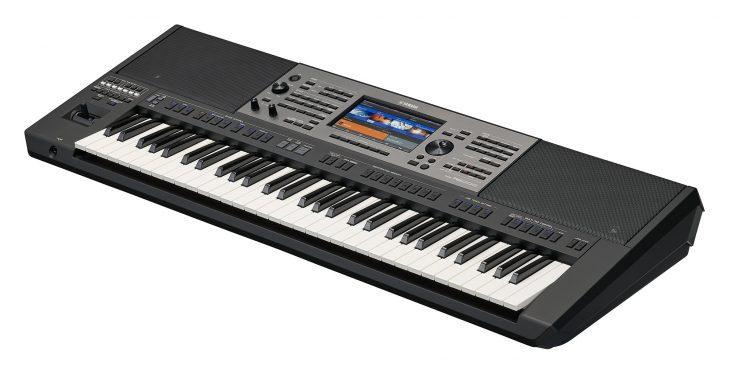 Yamaha PSR-A5000 test entertainer keyboard
