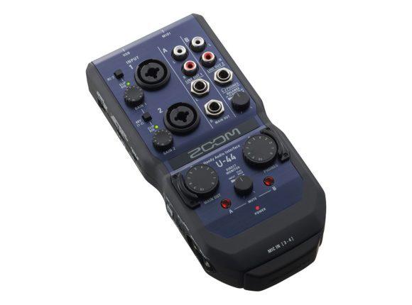 Das U-44, 4x4 Interface