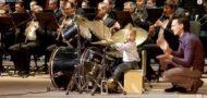 3-jaehriger Schlagzeuger