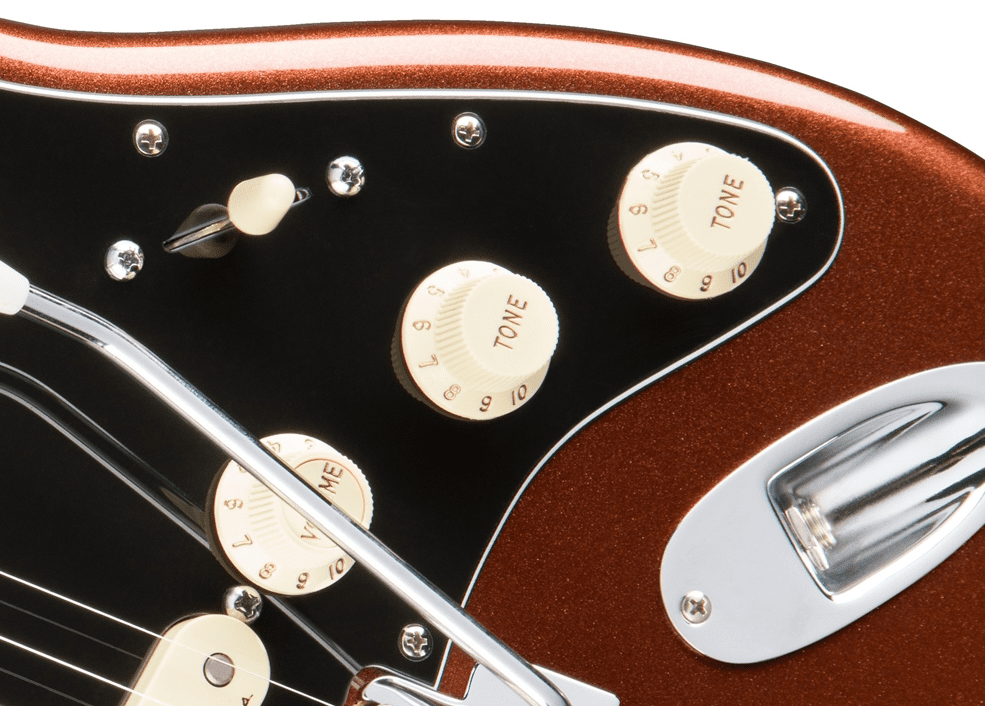 Test: Fender Deluxe Roadhouse Strat CLCO, E-Gitarre - AMAZONA.de