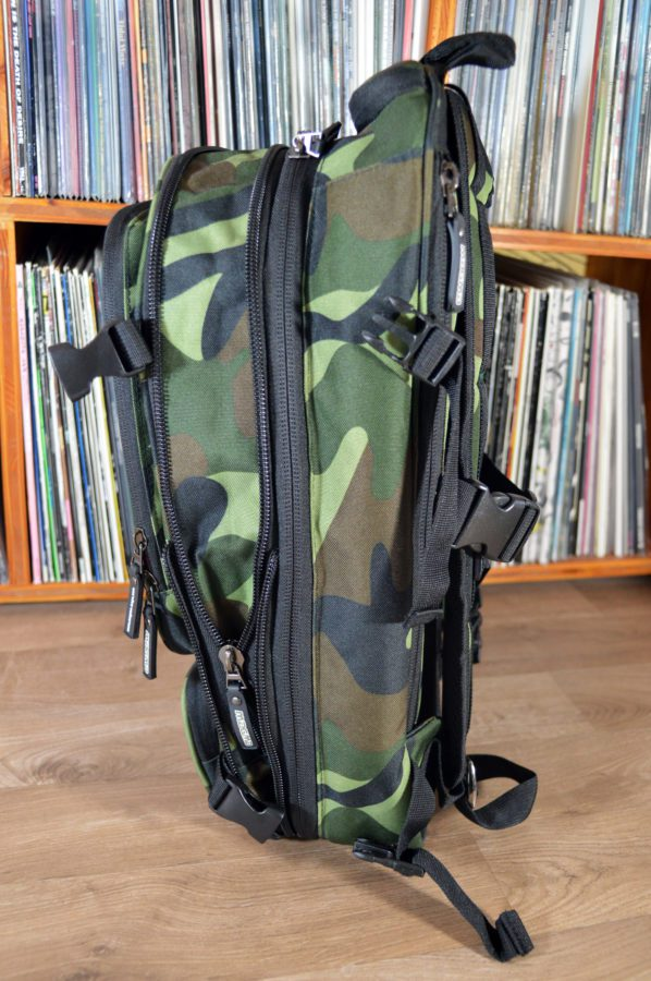 magma_digi_dj_backpack_seite