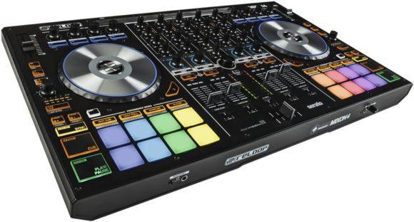 Auf jeden Fall einen Blick wert und mit Serato DJ und Algorridim DJay gleichermaßen kompatibel