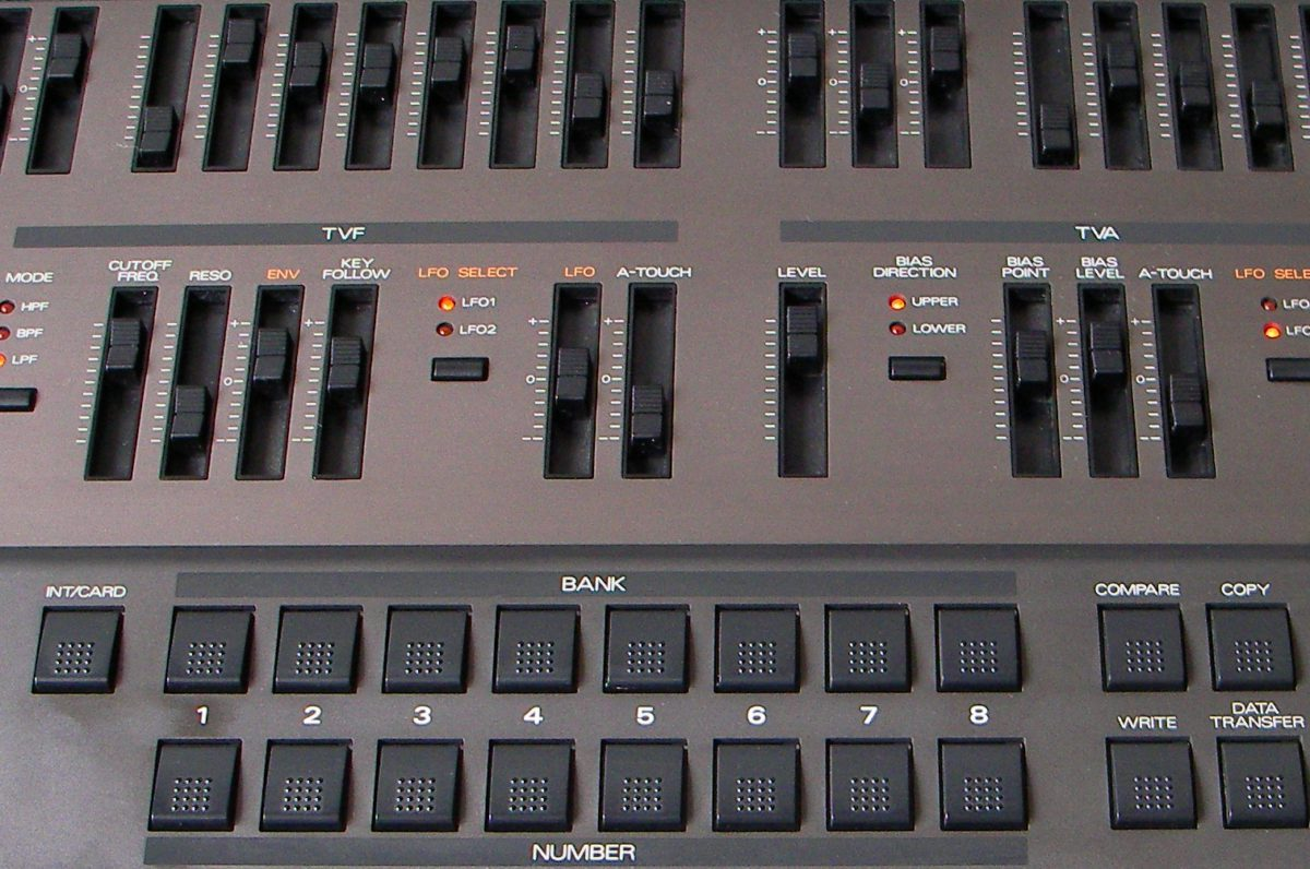 roland-jd800-filter-section
