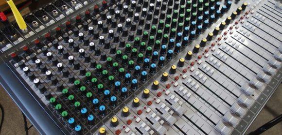 soundcraft-signature-002