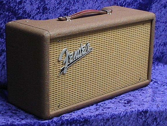 Fender 6G15 Reverb Amp - wird wie eine Stompbox vor den Verstärker geschaltet.