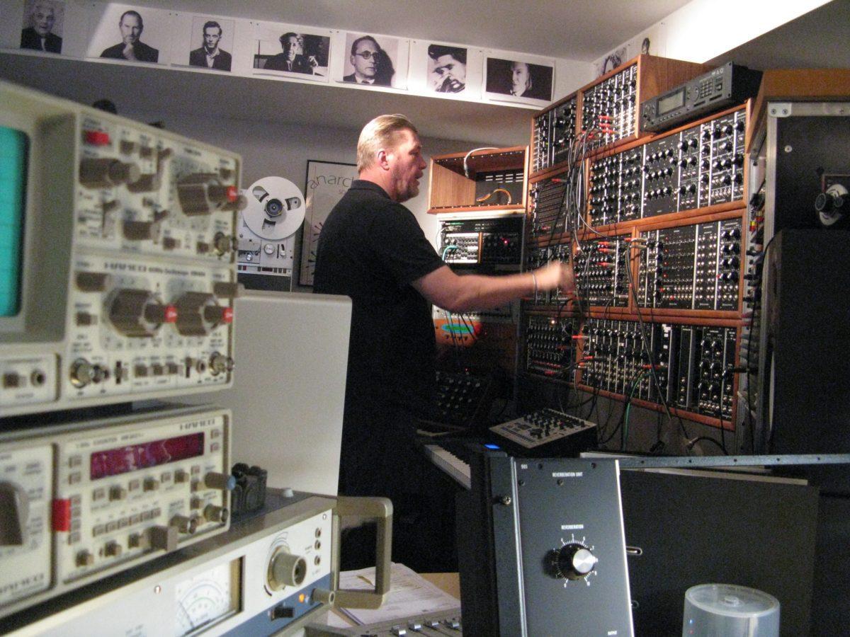 Synth-Werk Modularwand