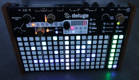 synthstrom-deluge-standing-web