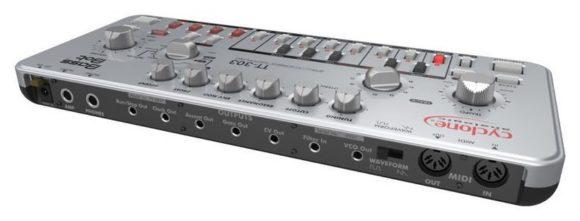 tt-303-bass-bot-3